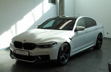 BMW M5 Aut.  F90   Leder / Bowers & Wilkins  /  Head-Up bei Benda & Partner Autohaus GmbH in Wien